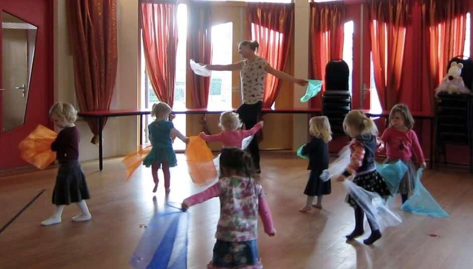 Peuterdans: Thema 'Het Circus'